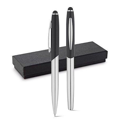 Conjunto de roller e esferográfica Metal Com ponteira touch Esferográfica: 1,5km de escrita Em estojo almofadado