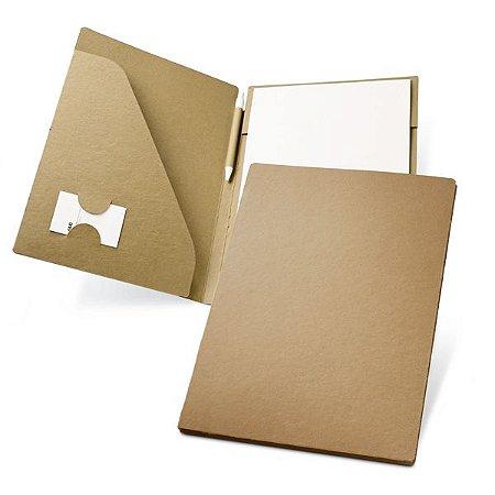 Pasta A4 Cartão: 450 g/m² Bloco: 20 folhas não pautadas de papel reciclado Incluso esferográfica