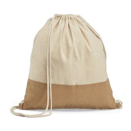 Sacola tipo mochila 100% algodão: 160 g/m² Detalhe em juta Alças em algodão de 65 cm