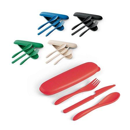 Conjunto de Talheres Fibra de Bambu e PP 3 talheres: garfo, faca e colher Incluso estojo