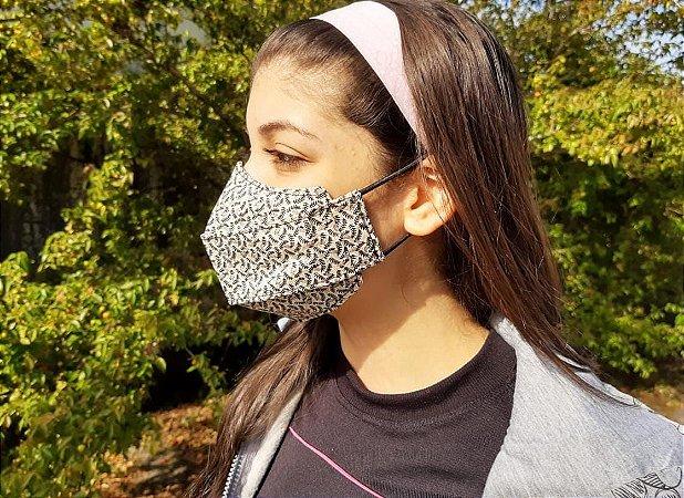 Máscara 3D Tecido Estampado Dupla - Beje c/ Preto