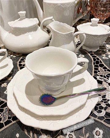 Jogo 6 Xícaras Porcelana para Chá com Pires Alto Relevo 200ml 25091