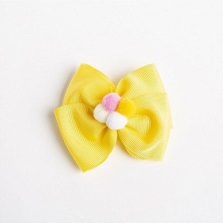 Laço Carambola Amarelo Fita de Gorgurão Com Pompom No meio No Bico De Pato