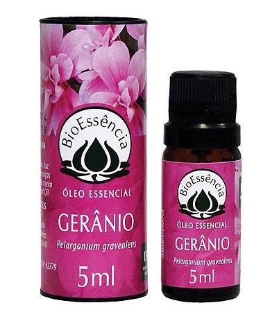 Óleo Essencial De Gerânio / Pelargonium graveolens 05 ml