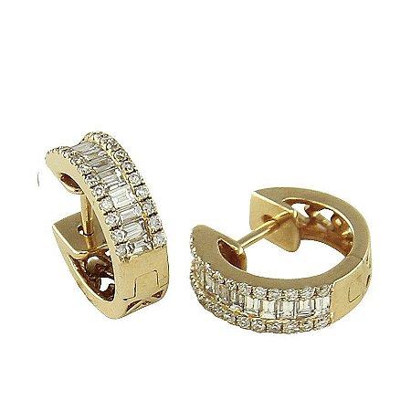 Brinco em Ouro  c/ Diamantes  -  cod 02045344