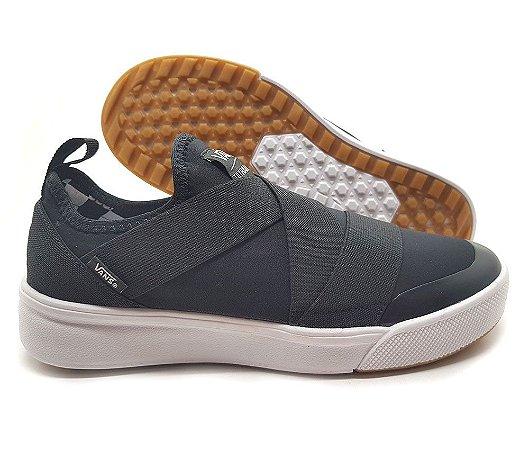 Tênis Vans Ultraranger Slip On Unissex Preto e Branco | Promoção