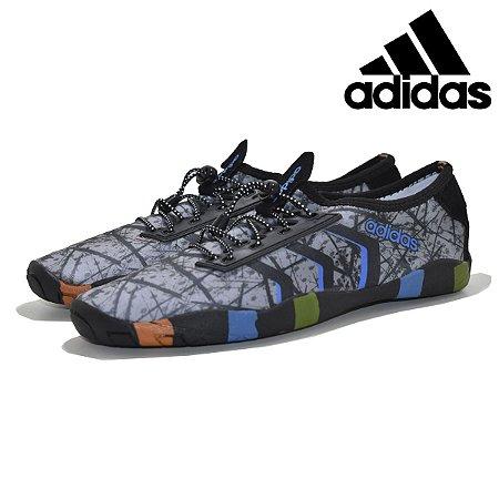 Sapatilha Adidas Hibrida em Neoprene com Cardaço - Esportes e Fitness