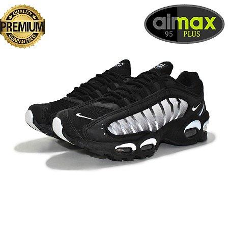 Tênis Nike Air Max 95 Plus IV Masculino - Preto e Branco