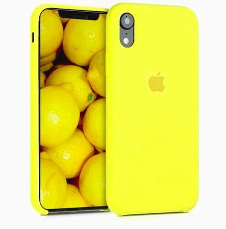 Capa Case Apple Silicone para iPhone XR 6.1 - Amarela