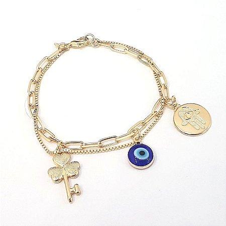 Pulseira folheada a ouro com duas correntes uma Cartier com pingentes pendurados  TAM 18 cm