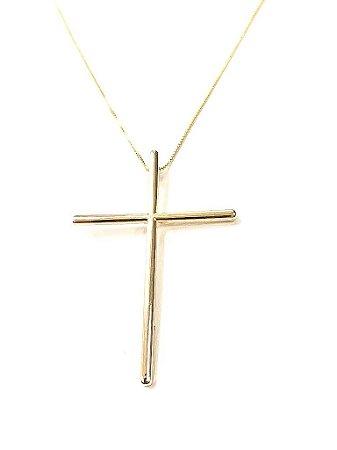 Gargantilha folheada a ouro com pingente de Cruz