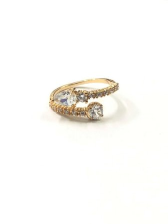 Anel folheado a ouro com pedra de zircônia cravada