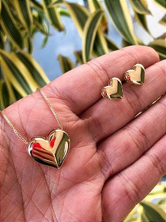 Conjunto folheado a ouro em formato de coração