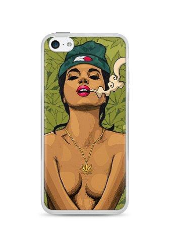Capa Iphone 5C Girl Smoking Weed