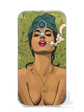 Capa Moto G2 Girl Smoking Weed