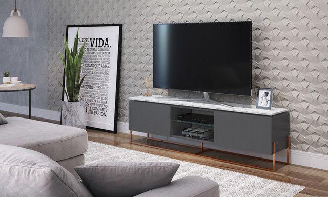 Rack 2 Portas Vesta Thassos/Manhatan/Cobre para TV até 65 Polegadas Artesano