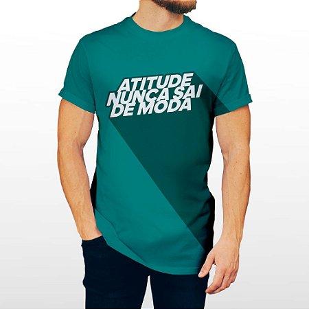 Camiseta Masculina Verde - Atitude Nunca Sai de Moda