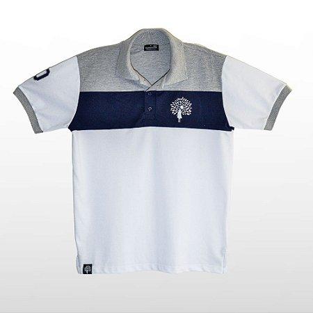Camiseta Masculina Polo, Branca Com Detalhes Azul e Cinza