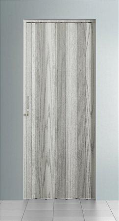 Porta Sanfonada Lisa Pecan com Trinco - BCF Plasticos - Esquadriplast