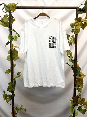 Camiseta Sonhe, Deseje, Acredite, Celebre (M)