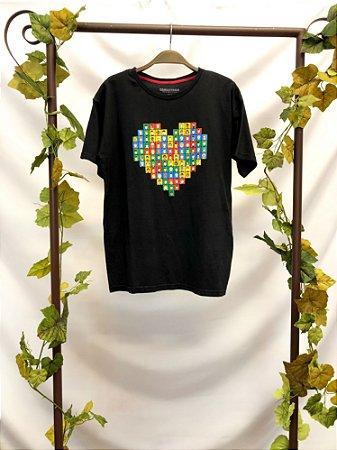 Camiseta estampa Coração (P)