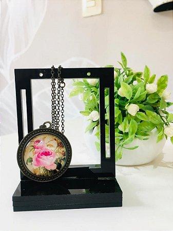 Colar vintage camafeu rosas (Ouro Velho)