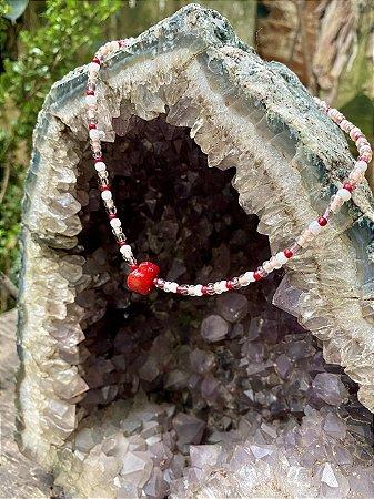 Colar com Pedra bruta Vermelha (jaspe)