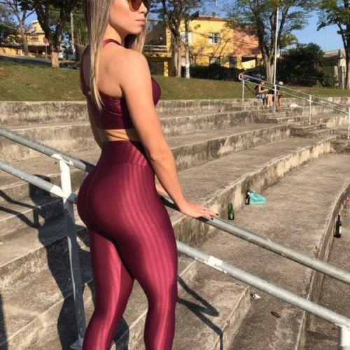 Calça Legging Carioca Fit Empina Bumbum Cirrê 3D Metalizado Bordô