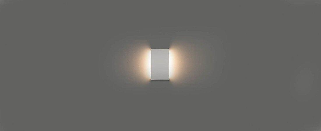 Arandela Reflex de Luz Indireta 20cm Bivolt IP65 6W 500lm 3000K Alumínio 110° Cor Branco Stella STH21740BR/30