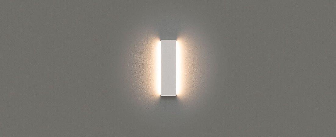 Arandela Reflex de Luz Indireta 42cm Bivolt  IP65 12W 1050lm 2700K Alumínio 110° Cor Branco Stella STH9740BR/27