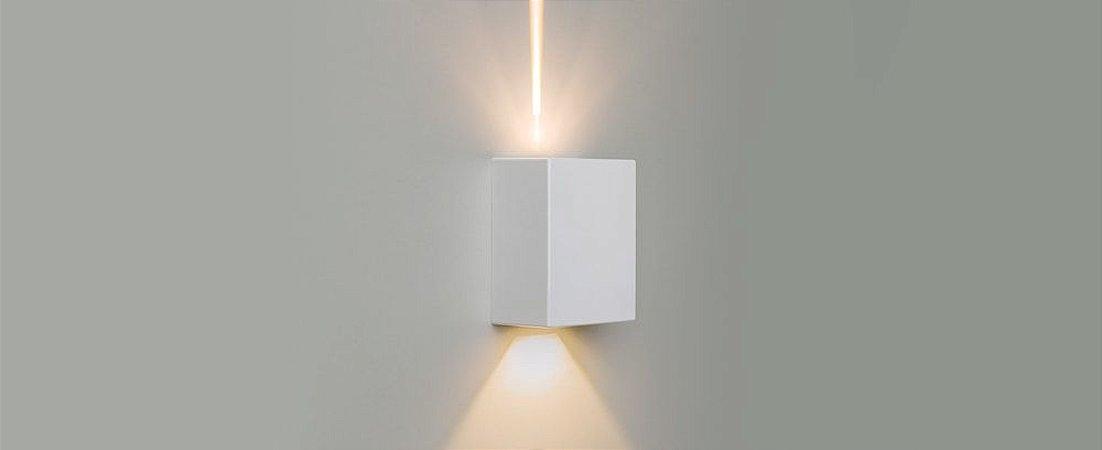 Arandela Effekt Branco - 1 Facho Aberto e 1 Facho Fechado Bivolt 2x4W 100/240LM 3000k IP65 4°/90° Stella STH6732/30