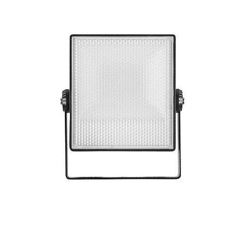 Projetor Vert 50W - Preto Bivolt 3800LM 3000K IP65 110º Luz Quente Stella STH7745/30