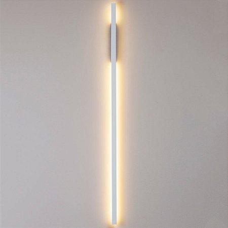 Arandela Fit LED Bivolt 127V / 220V LED 25 x 61 x 1140mm Newline 657LED4