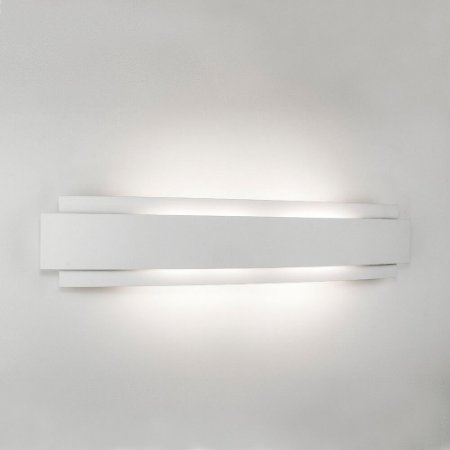 Arandela Courbe Led – 220V LED 2700K – 590 x 122 x 63mm Newline 337LED2