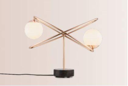 Luminária de Mesa Free Aço Inox Dourado Led G9 Encapsulada ou não 127v/220v 50,5x35,5x26 cm  Klaxon 3180020DOU