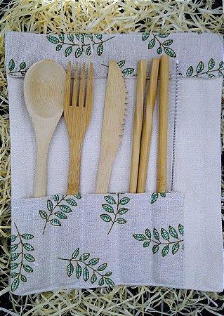 Kit Talheres de bambu + Case de algodão