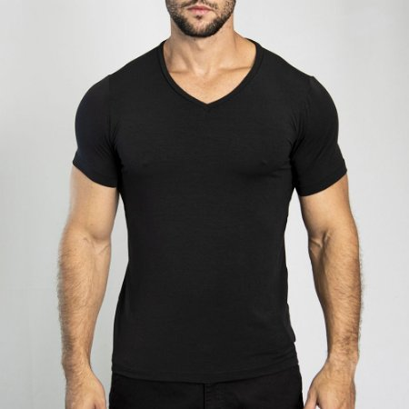 Camiseta Slim Fit Gola V Light Preta - SOHO