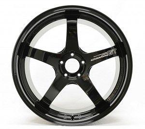 Advan Racing GT Gloss Black 5x130 20x9 ET45 - 20x11 ET53 para Porshe 991 Carrera, 4S e Turbo.