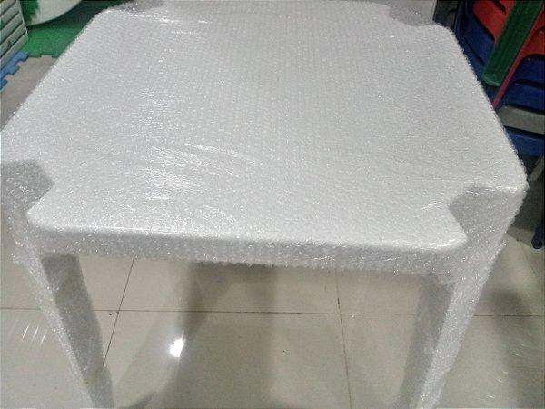 kit com 10 Mesa 70x70 Monobloco de Plástico Empilháveis Branca