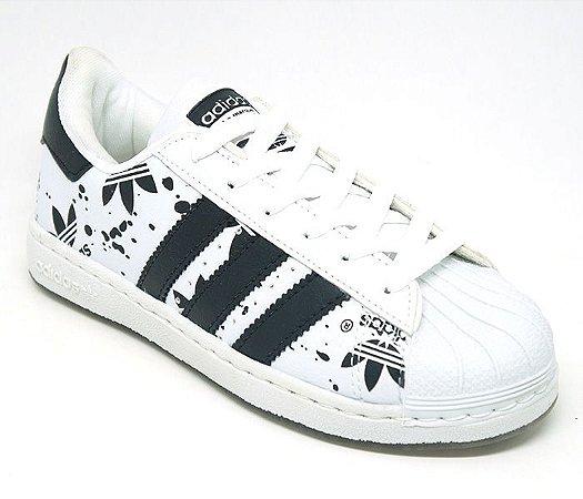 ead0971f1c Tênis Feminino Adidas Superstar Branco e Preto - Mix dos Acessórios