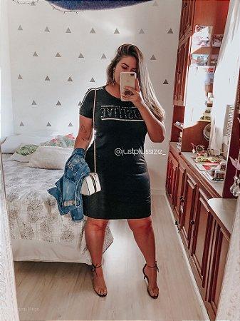Vestido em Malha com Listras Plus Size