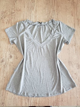 T-Shirt Plus Size Básica Lisa Cinza