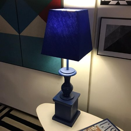 Abajur Classic Blue Base em Madeira Cúpula em Brim 68x21 cm 1x E27 | Grey House