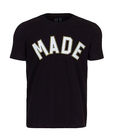 Camiseta Estampada Made in Mato Made Preta