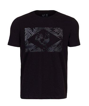 Camiseta Estampda Made in Mato Folhagem Preta