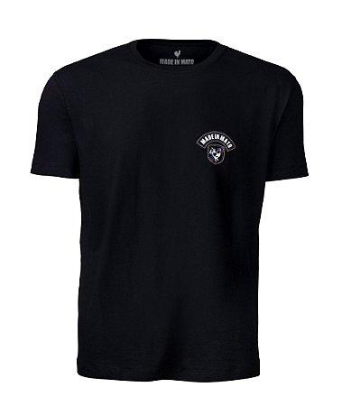 Camiseta Made in Mato Rooster Style Preta com Estampa nas Costas