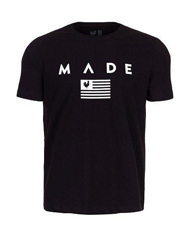 Camiseta Made in Mato Estampada Flag Preta