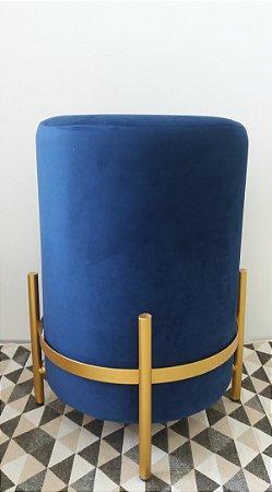 Puff Veludo Azul c/ Pé Palito Dourado