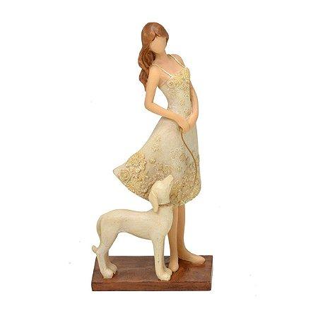 Estatueta Mulher c/ Cachorro Decorativo Mabruk