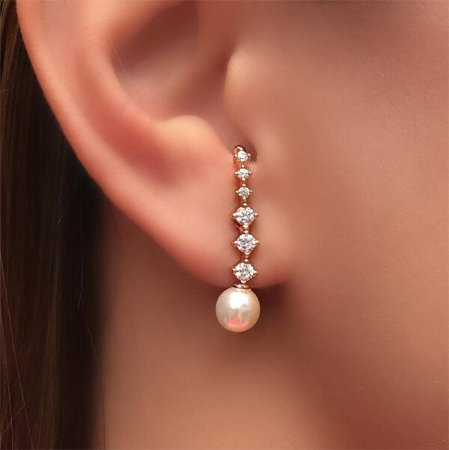 Ear Hook Zircônias e Pérola